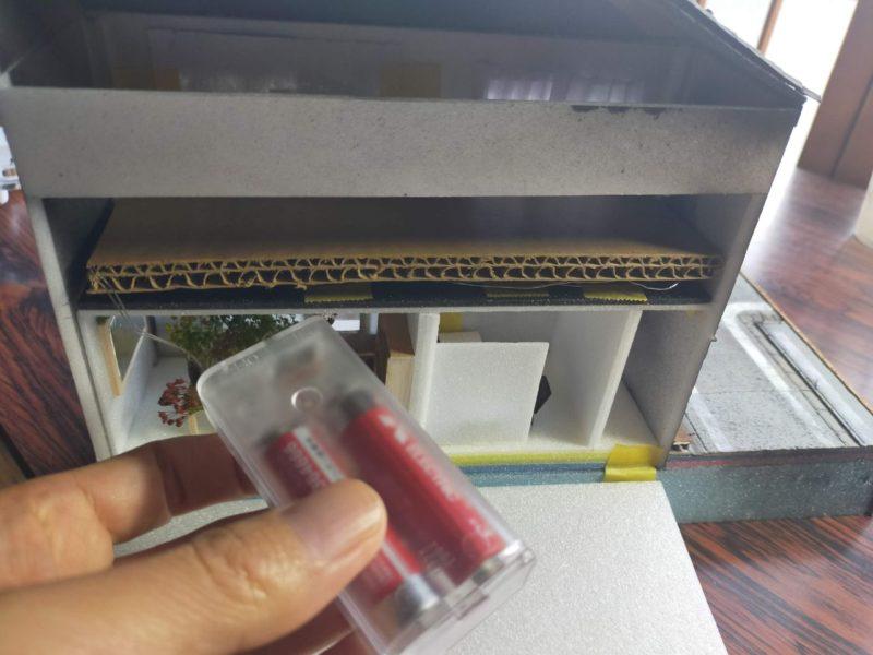 LEDケーブルライトの電池ボックス